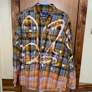 Woman's bleached flannel button down shirt xl